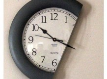 clock-les-thornton-500x400px